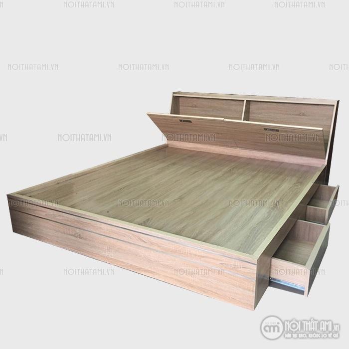 Vớimẫu Giường ngủ ngăn kéo đầu giườngđược thiết kế với kiểu dáng cực kì tiện lợi và cuốn hút, sẽ là sản phẩm khiến bạn và gia đình mình hài lòng nhất, giường ngủ được lấy chất liệugỗ công nghiệp MDF