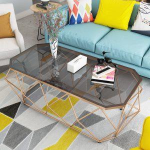 Bàn trà sofa kim loại mặt kính mang phong cách Châu Âu, sang trọng. Mẫu bàn trà kim loại đẹp được thiết kế từ đá dày 8ly chịu được những va đập an toàn cho người sử dụng, hạn chế tối đa vết trầy xước, tuổi thọ sử dụng lâu dài hơn.