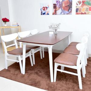 Bộ bàn ăn trắng 6 ghế mango hiện đại cókích thước vừa đủ để không chiếm quá nhiều diện tích của phòng ăn. Chỉ cần một góc nhỏ với bộ bàn ăn, bạn đã có một bữa cơm gia đình đầm ấm.